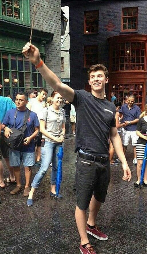 """That guy behind him is like """"Son, put down the wand"""" lol"""