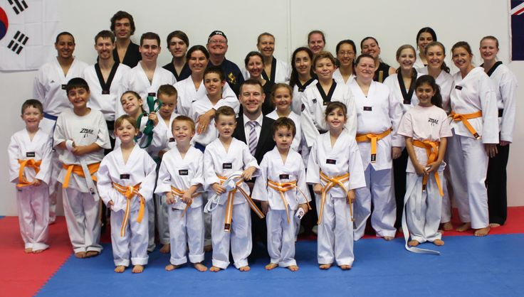 Anyone can learn martial arts. Our Sutherland Shire martial arts Club has Taekwondo classes for ages 4 & up so come & try our 2 week free trial in the shire