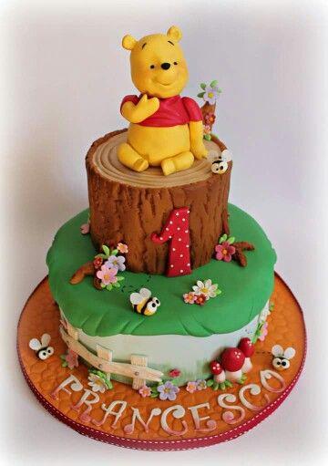 Die besten 25 winnie pooh torte fondant ideen auf for Winnie pooh kuchen deko