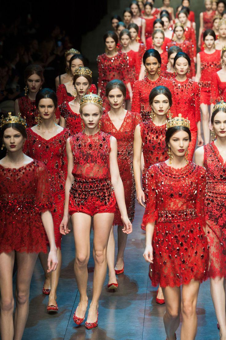 93 photos of Dolce & Gabbana at Milan Fashion Week Fall 2013.