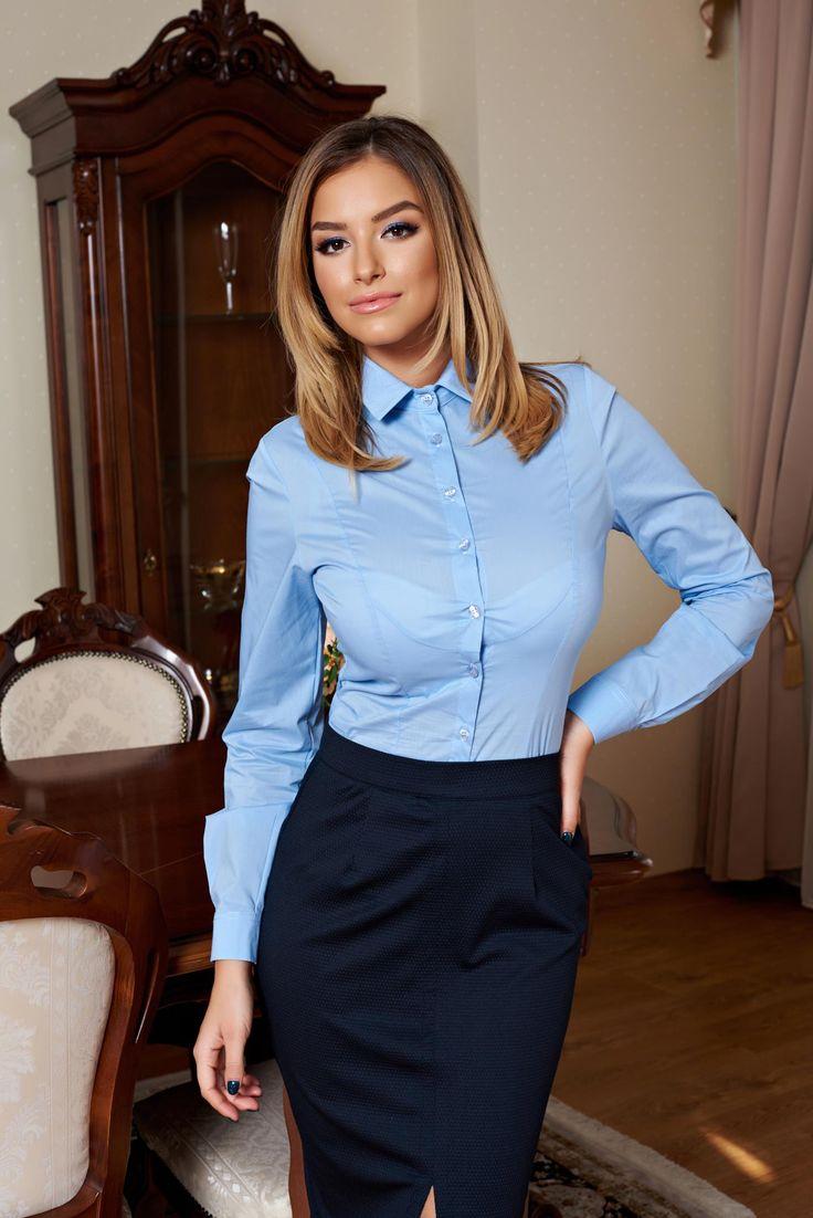 Body PrettyGirl Chic Charm LightBlue. Body PrettyGirl din bumbac elastic ce se incheie cu nasturi in fata. Se muleaza pe o silueta armonioasa si se poate asorta cu o pereche de pantaloni sau fusta pe corp. O recomandam cu incredere pentru a fi purtata la birou sau pentru a completa o tinuta office.
