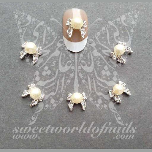 3D Bows with pearl Nail Rhinestones Charms 3D Nail Art / 2pcs