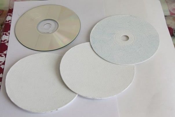 Decoupage sobre cds 4