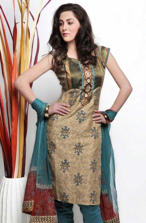 New-Salwar-Kameez-Designers-Neck-Designs-14.jpg (494×752)
