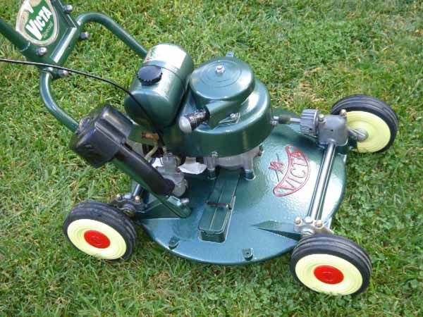 Very Nice Restoration Of A Classic Victa Special Push