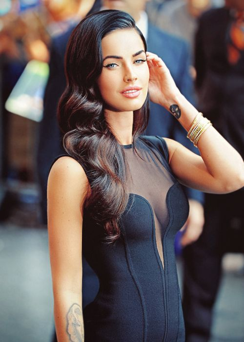 Megan Fox. How the heck do I get my hair like this. Someone please tell me the secret