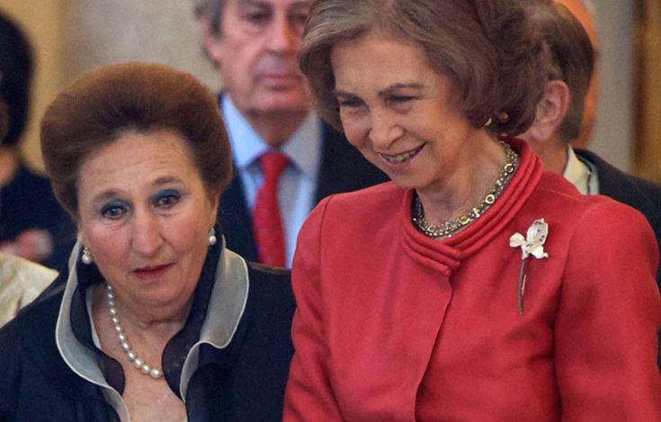 A infanta Margarita com a rainha Sofía