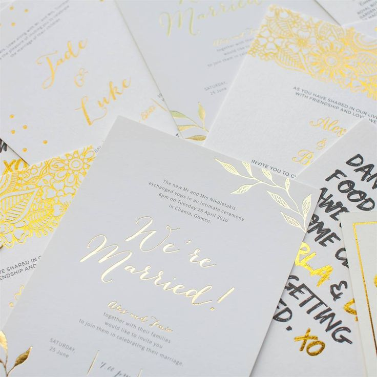 """218 gilla-markeringar, 8 kommentarer - Paperlust (@paperlust.co) på Instagram: """"Bling in the new year with luxe gold foil wedding invites #goldfoil #treatyourself #newyear #foil…"""""""