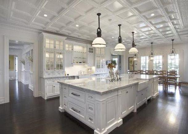 kitchens in mANSIONS - Bing images