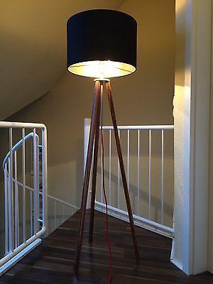 Stehlampe Tripod ZEBRANO Holz Bauhaus Stil Dreibein Schirm