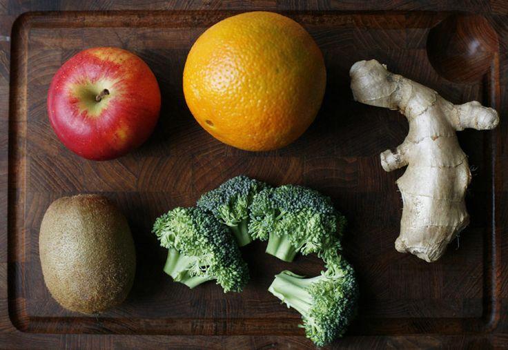 Broccoli Juice  1 glass    1 orange  1 apple  1 kiwi  1 handful of broccoli  2 cm fresh ginger