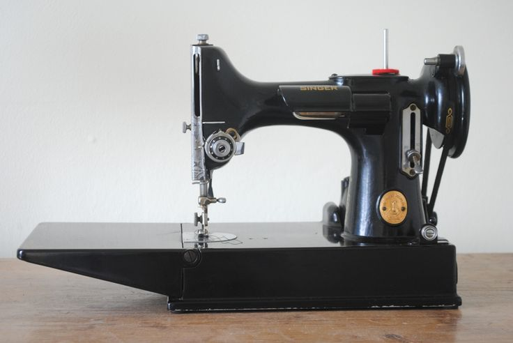 feather weight sewing machine