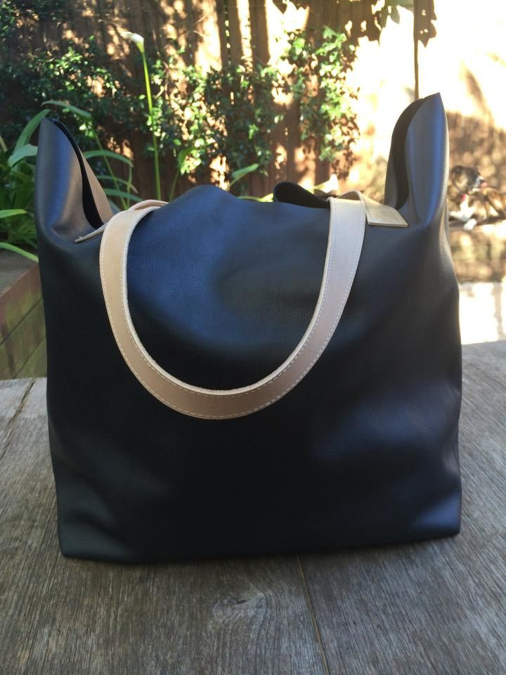 German Leather, Midnight Blue, sophisticated, australian made, local, made in australia, tote, large tote, shopping bag, school bag, elegant
