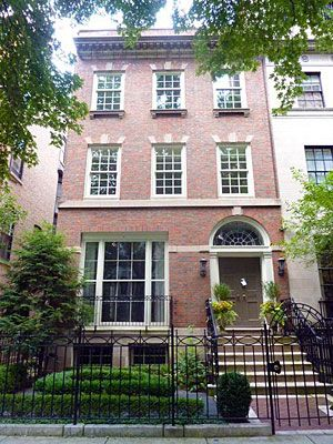 96 best images about chicago townhouses row houses on pinterest architectural firm foo dog. Black Bedroom Furniture Sets. Home Design Ideas
