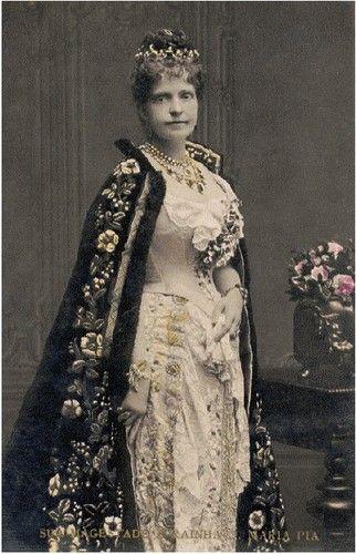 As tiaras da Família Real Portuguesa - A Monarquia Portuguesa