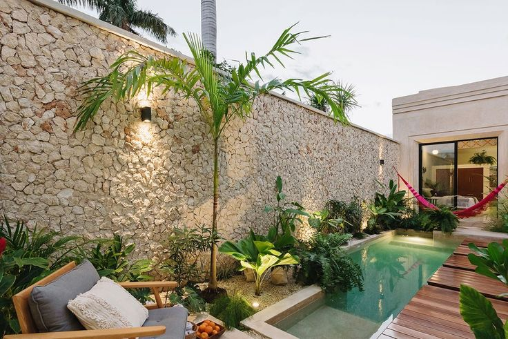 Outdoor Rooms, Outdoor Decor, House Design, Oasis Backyard, Airbnb Ideas, Grafiti, Places, Pools, Houses