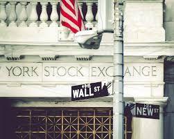 S&P 500: conferme cicliche - Ieri sera ci siamo domandati quale potesse essere il valore di Wall Street, in termini di fair value di alcuni suoi indici. In particolare, abbiamo considerato l'ipotesi che una previsione particolarmente rialzista, sull'utile per azione medio, potesse portare ad un ridimensionamento della...
