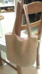 Ravelry: English Garden Reversible Tote pattern by Serina Cheung