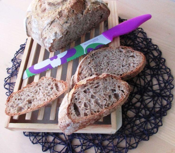 Ecco la ricetta di un pane realizzato con 100% farina di tipo 2, una farina semi-integrale con buone caratteristiche nutrizionali, che è soffice e ben alveolato, grazie ad alcune tecniche. Scoprite quali!