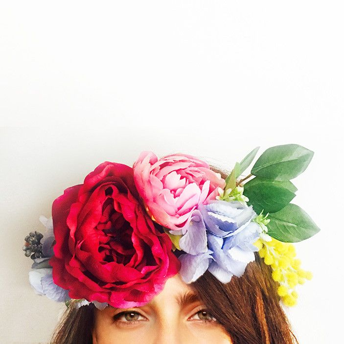 This crown is handcrafted with david austin rose, hydrangea, wattle, peony, berzelia berry, star flowers and berries.    Perfect for your engagement, bridal shower or hen's night; you can wear it confidently knowing it won't wilt or fall apart throughout the day. We love that you can wear it again after your special event or keep it as a treasured memento.