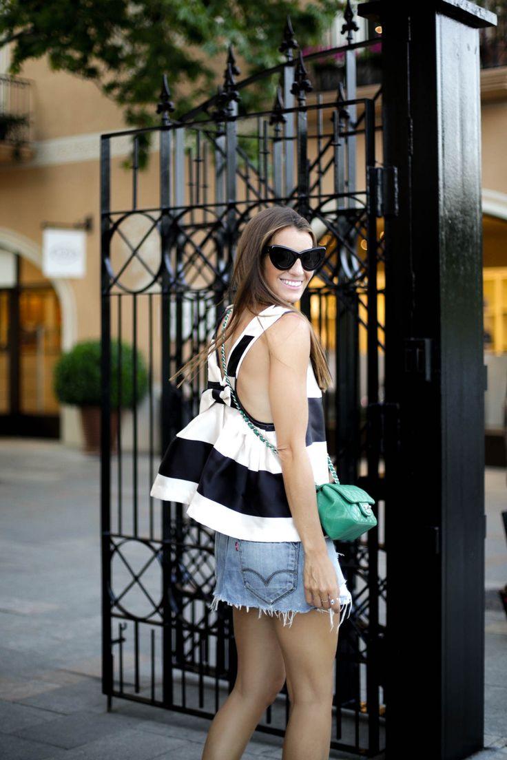 bartabac barcelona designers collective roca village storets chanel bag levi's skirt_-17