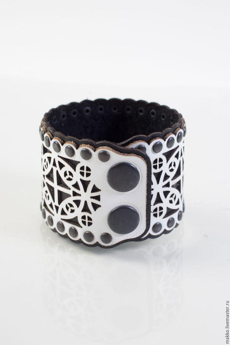 """Купить Браслет """"Белое кружево"""" кожаный  1000250 - чёрно-белый, кружево, кружевное украшение"""