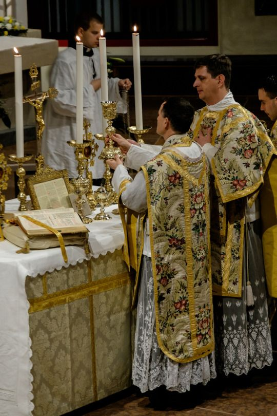 Easter Vigil Mass by FSSP Wigratzbad