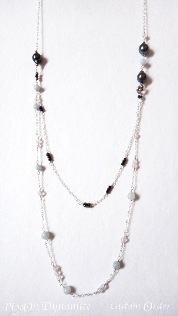 カスタムオーダー作品です。天然の黒真珠とブラックダイアモンドの組み合わせでデザインを依頼され、シンプルで使い勝手の良いレイヤーネックレスを作りました。天然石ビ...|ハンドメイド、手作り、手仕事品の通販・販売・購入ならCreema。