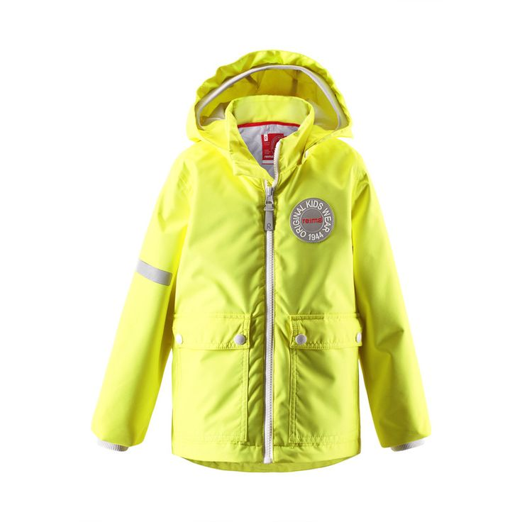 Our all time favorite Taag jacket is back with new fresh spring colors. This jacket is perfect for early spring days, when it might still be a bit chilly outside. Thanks to the detachable quilted vest the jacket can easily be transformed into a lighter version, too.  #reima #ss16 #kidswear #outdoors