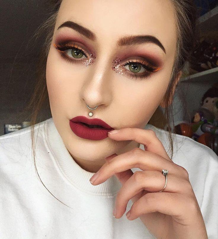 New eye makeup look coming tomorrow hopefully if I have time and if I can muster the motivation to do it 😂💕✨ #makeup #makeupbyme #makeupoftheday #motd #brows #eyebrows #beauty #bblogger #makeupblogger #makeuprevolution #eyemakeup #smokeyeye #wakeupandmakeup #undiscovered_muas #universalhairandmakeup #fiercesociety #glowup #paleskin #piercings #cheekbones #makeupinspiration #cakefacenation #blushsparkle #nyxcosmetics #eyeliner #lashes #greeneyes #makeupjunkie