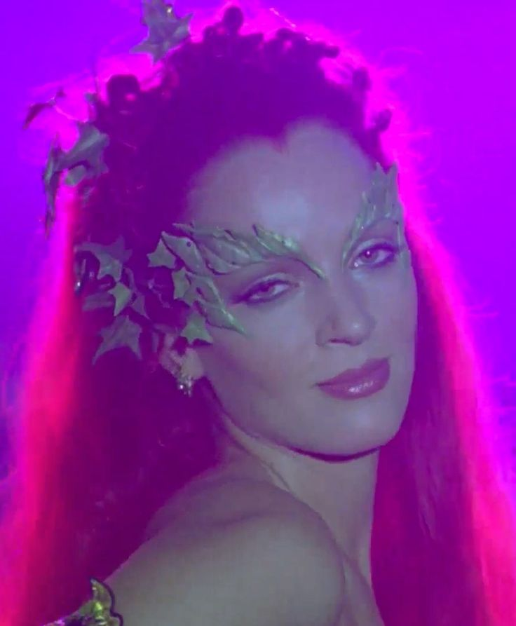 N°11 - Uma Thurman as Dr Pamela Isley / Poison Ivy - Batman and Robin by Joel Schumacher - 1997