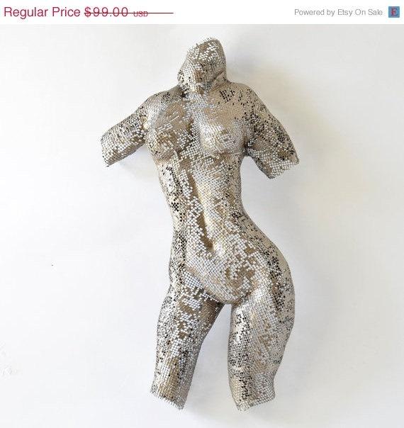 Metal sculpture - Nude woman sculpture - wire mesh sculpture - home decor - metal art, $89.10