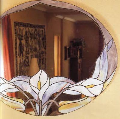 Espejo de calas con técnica tiffany una forma distinta de decorar tu espejo OjoconelArte.cl |