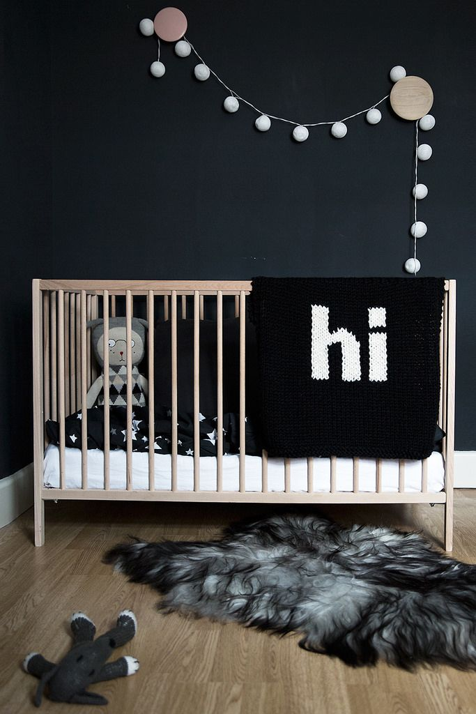 T.D.C | Dark Walls in the Bedroom: kids style