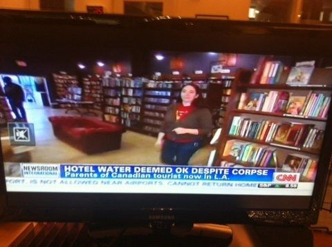 Never drink the hotel water. EVER. | The 25 Funniest CNN News Captions Of All Time