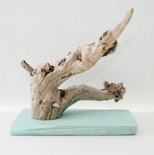 porte bijoux en bois flott deux branches socle peint en couleur pastel http. Black Bedroom Furniture Sets. Home Design Ideas