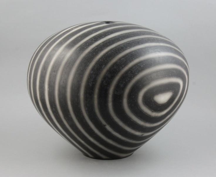 Tim Andrews | A large globular Pot, 2001