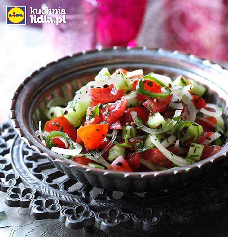 Chachumbar – indyjska sałatka z pomidorów i ogórków. Kuchnia Lidla - Lidl Polska. #lidl #ryneczeklidla #salatka