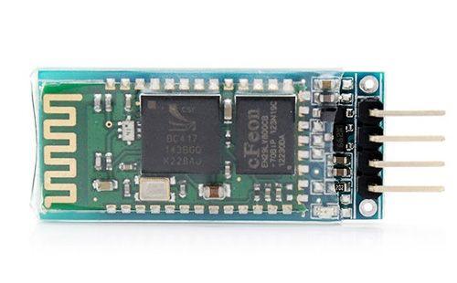 Módulo Bluetooth HC-06. Adicione comunicação BlueTooth ao seu projeto com este módulo para distâncias de 10 a 30m. De fácil configuração permite a uilização do sinal sem fios como se fosse uma conexão serial convencional. #bluetooth #arduino