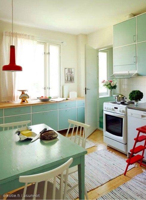 Vintage-retro kitchen in Finland. 50-luvun keittiö