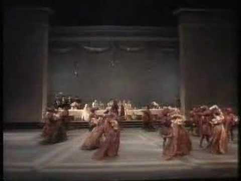Nureyev choreographs & dances Romeo 1/6 Dance of Knights