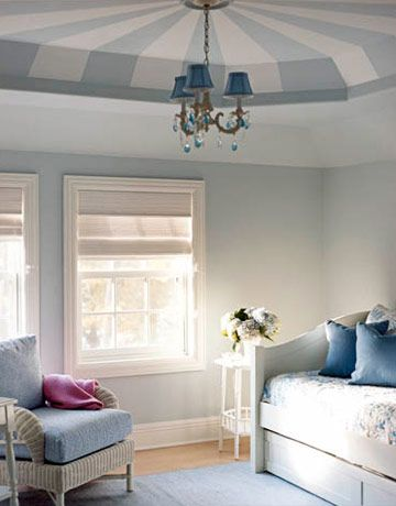 A Tentlike Bedroom