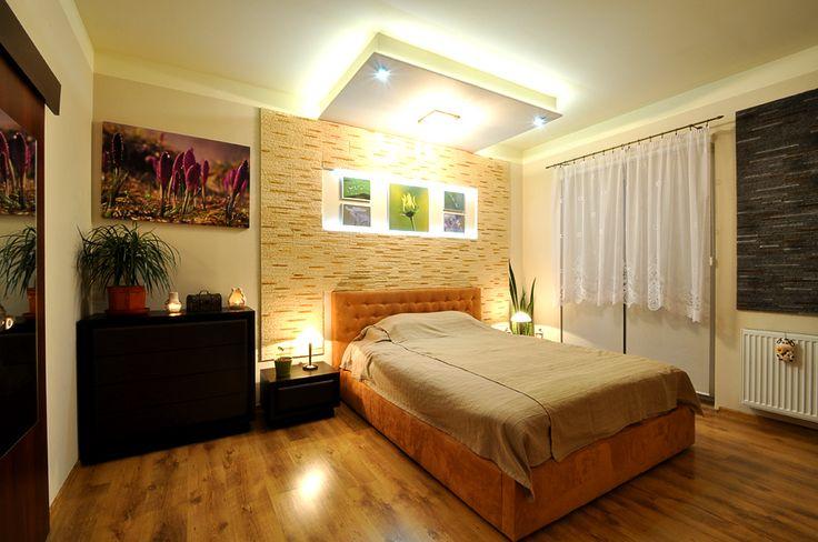 Sypialnia w nowoczesnym mieszkanku.