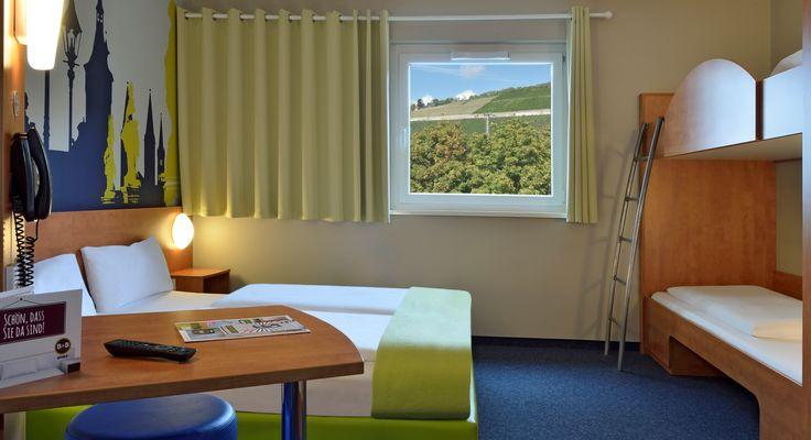 Familienzimmer für 4 Personen im B&B Hotel Würzburg