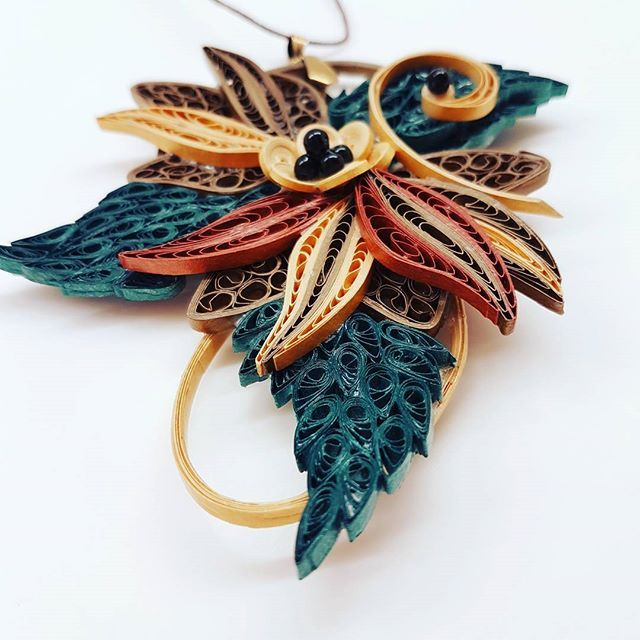 Quillion Jewelry  by the Quilling Artist Jenny Treeg  #quillingart #artist #quilling #art #madebyme #handmade #by #jennytreeg #necklaces #necklace #paper #strips #beads #jewelry #green #emerald #and #bronze #gold #flower #2017 #new #collection #abstract #design #greece