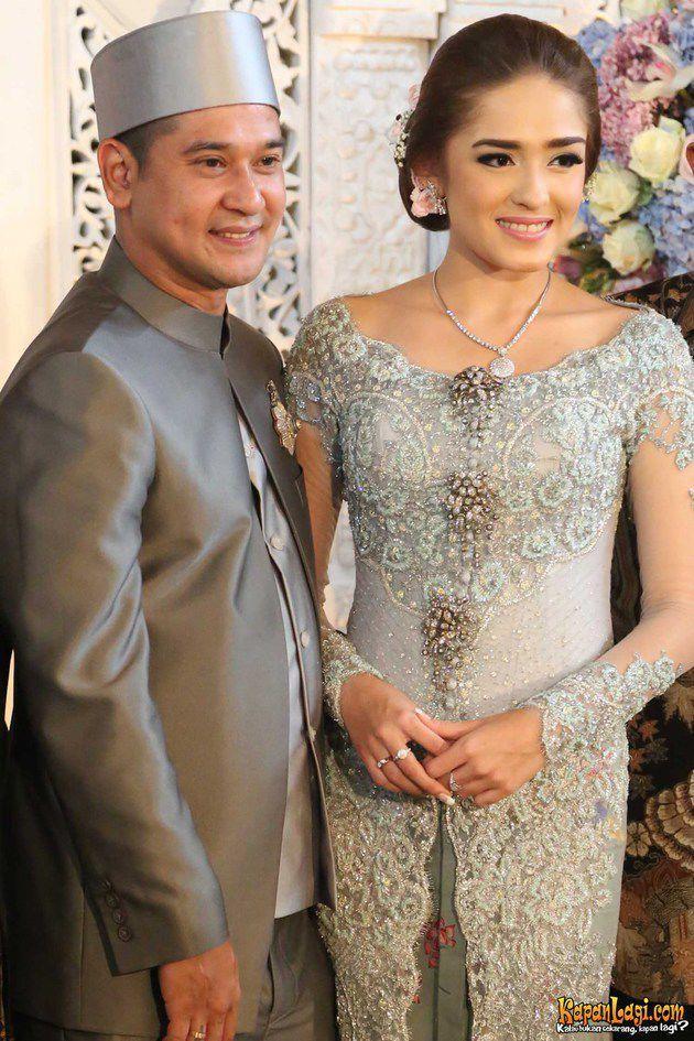 Yasmine wedding