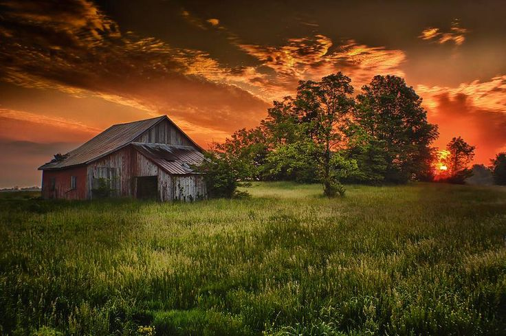Sunset Behind Old Barn Off The Grid Pinterest Old