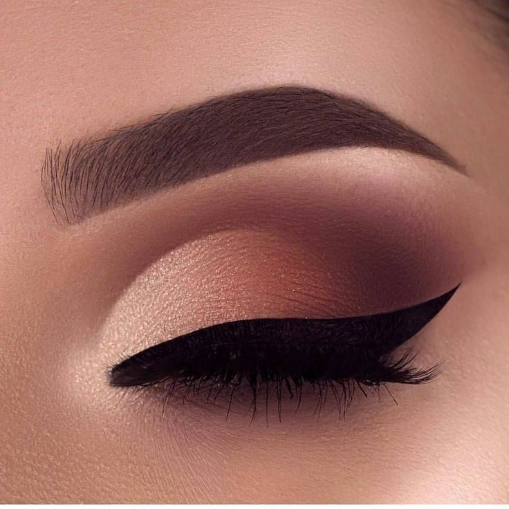 "66 Likes, 1 Comments - Makeup Ideas (@ineedmakeupideas) on Instagram: ""@flawlesssdolls -  So stunning @swetlanapetuhova ❤️❤️ #makeup #eyemakeup #eyelook #eyeliner…"""