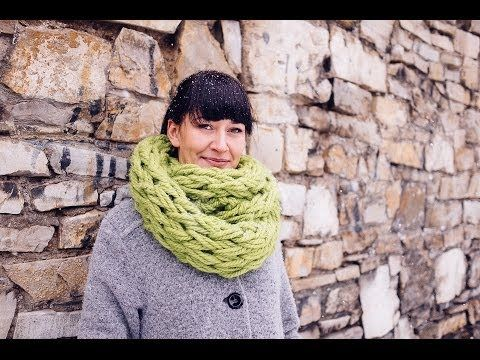 Yarn scarf in 30 minutes