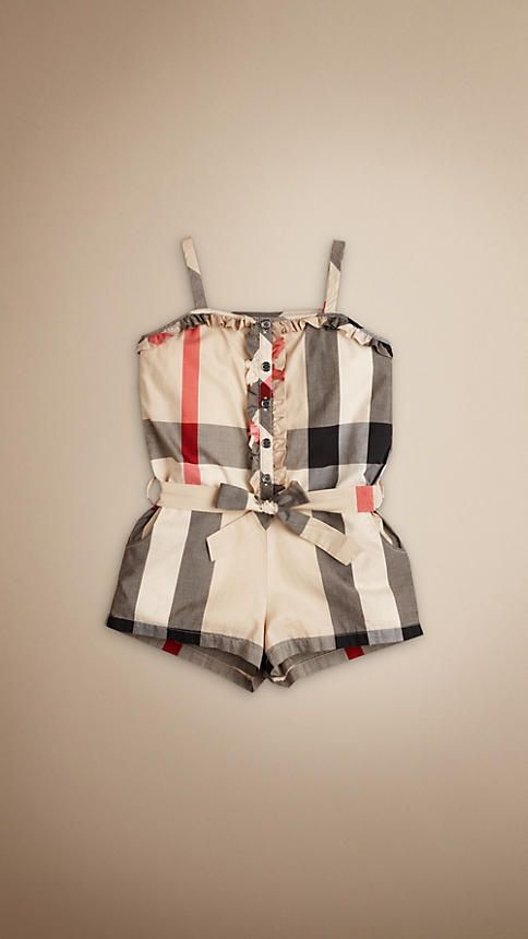 Cutest little girl outfit!   @Kelly Mackley - i think we need to get this for Autumn! :))